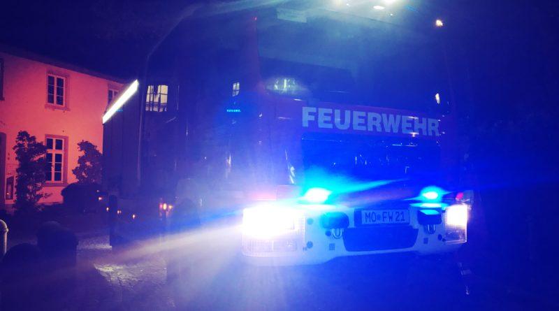 Viel zu tun gab es am Freitagabend für die Feuerwehr Moers