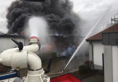 Großbrand im Moerser Stadtgebiet!